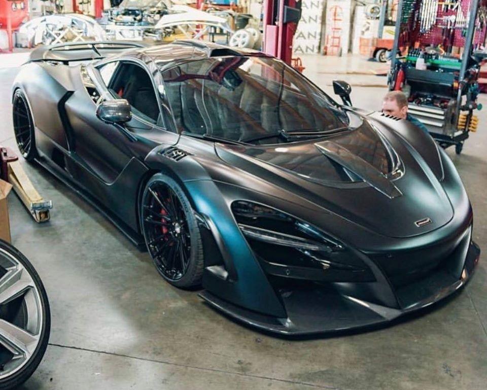 Vẻ đẹp siêu xe McLaren 720S độ body kit N-Largo của hãng Novitec
