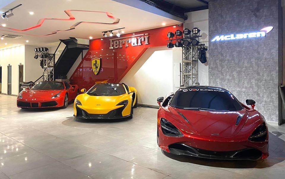 Góc ảnh này cho thấy showroom siêu xe sắp khai trương ở quận 7 còn có Ferrari 488 Spider màu đỏ, McLaren 650S Spider và McLaren 720S