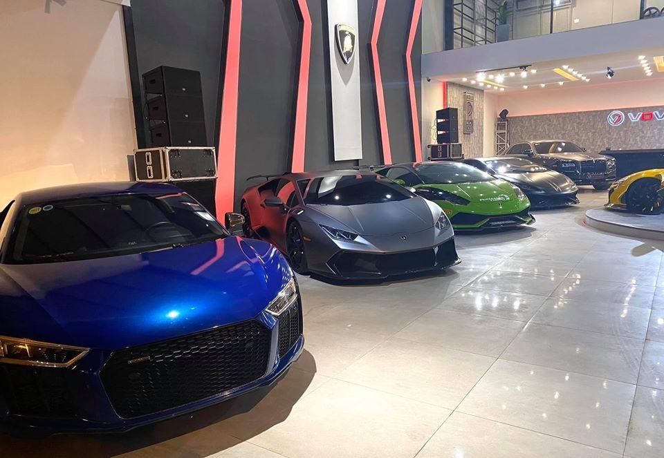 Bộ 3 siêu xe Lamborghini Huracan LP610-4 đều mang các gói độ khác nhau và có màu sắc cũng riêng biệt