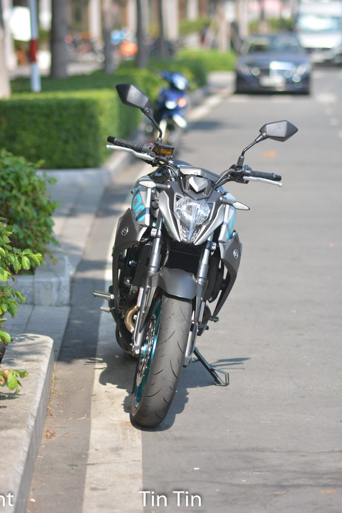 Compared with the main competitor is Kawasaki Z400, the Chinese naked bike model price difference is not too much. Not only that, the CFMoto 400NK has a weaker capacity than Kawasaki Z400 to 4 horsepower.