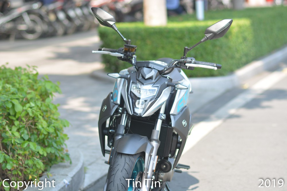 Covering the LED headlight of CFMoto 650NK is a shield image.