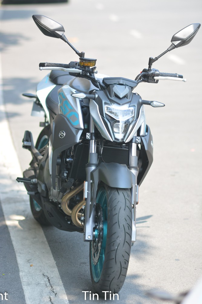 In the four of the large motorcycles of CFMoto docked in Vietnam at Christmas last time, there are 3 units of naked bike.