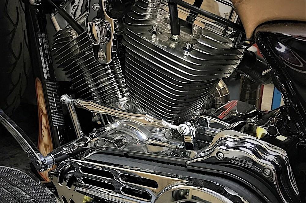 Harley-Davidson Road King engine