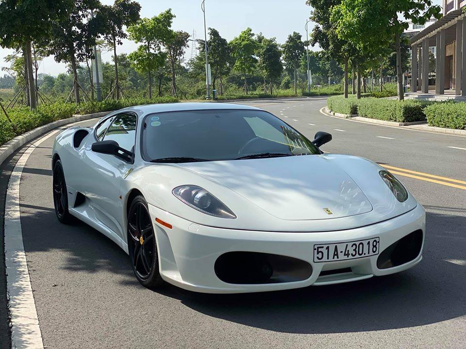 Vẻ đẹp của siêu xe Ferrari F430 mới được doanh nhân Hải Phòng mua lại