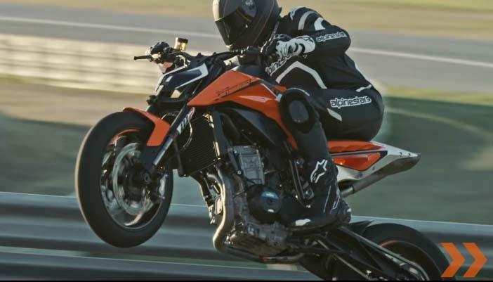 KTM 490 will own 2-cylinder engine block