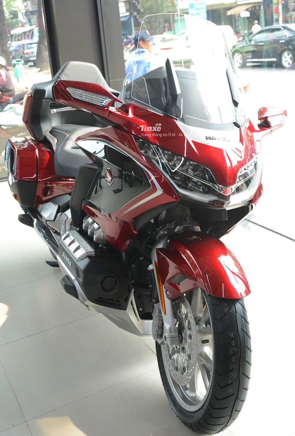 Honda Gold Wing is currently one of the most expensive motorcycles in Vietnam today
