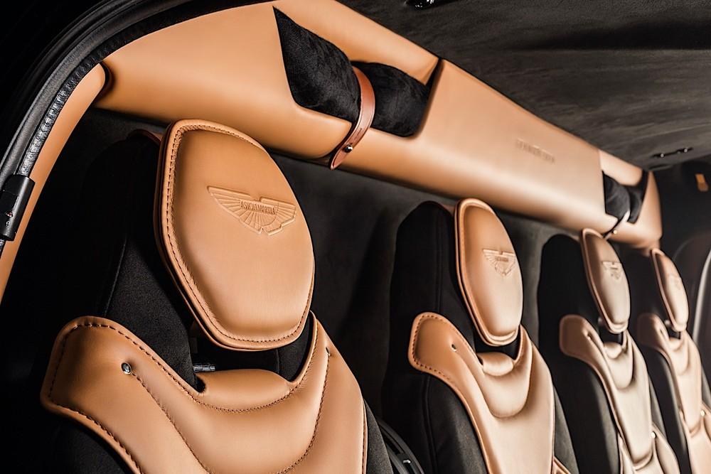 Nội thất và ghế ngồi của trực thăng cũng mang đậm dấu ấn Aston Martin