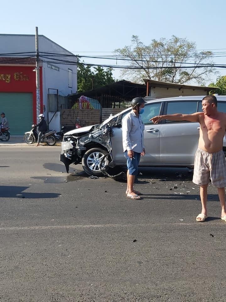 Thiệt hại của chiếc Toyota Innova