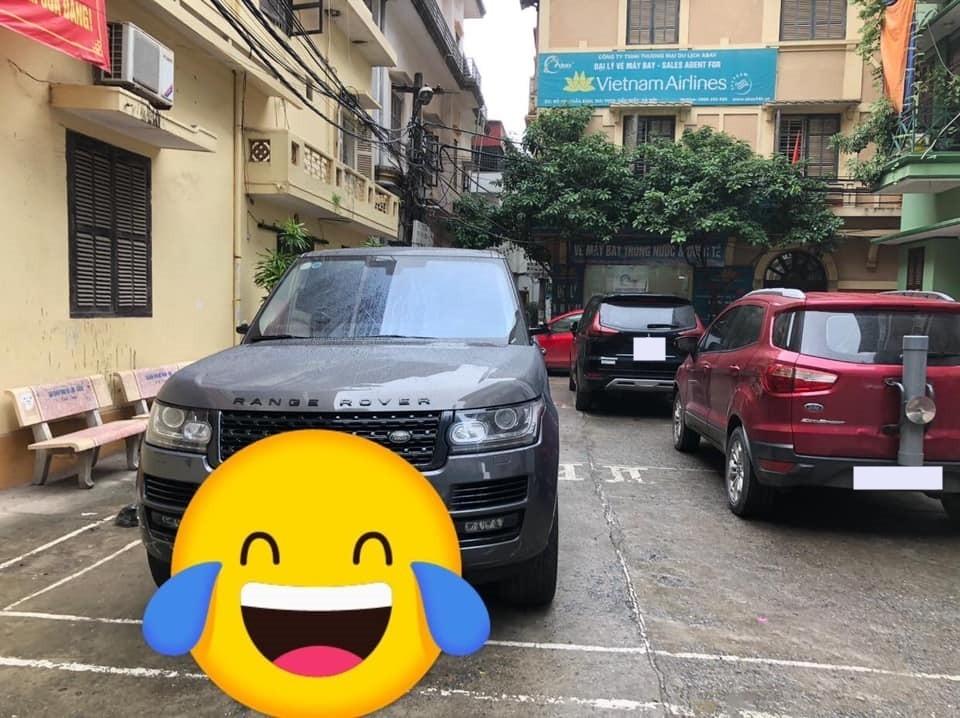 Chỉ có chiếc Range Rover này bị vặt gương