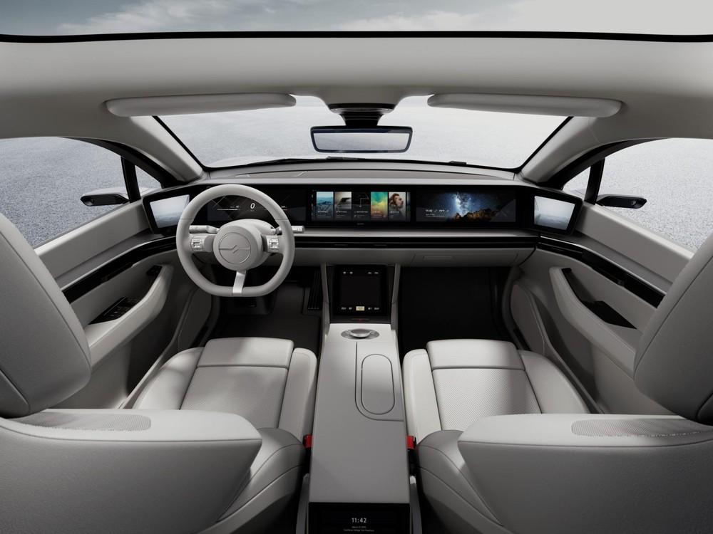 Nội thất đậm chất công nghệ của mẫu ô tô nhà Sony