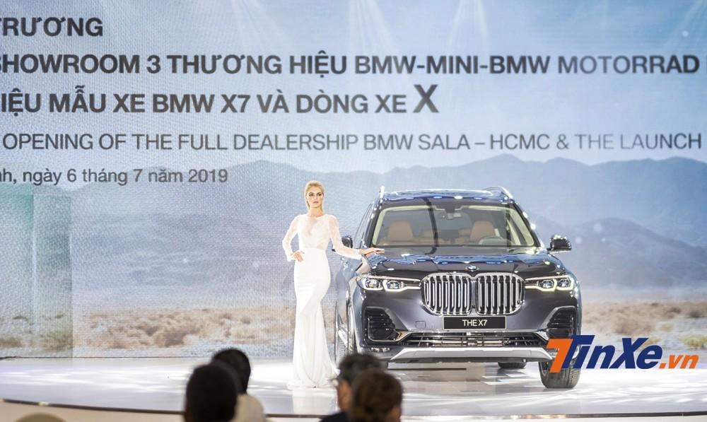 BMW X7 ra mắt Việt Nam hồi tháng 7 năm nay