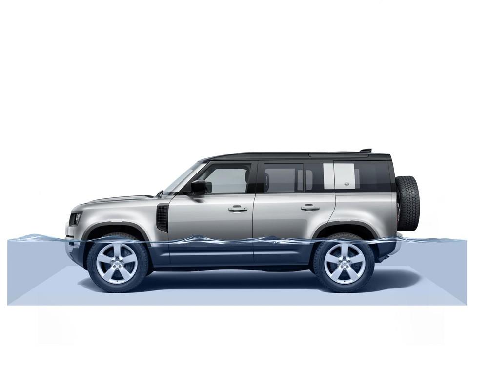 Land Rover Defender 2020 có khả năng lội nước tới 900 mm, nâng khoảng sáng gầm xe tới 292 mm
