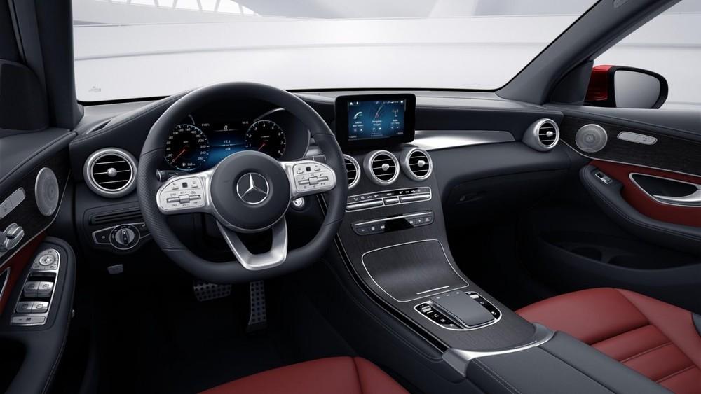 Dự kiến, các trang bị của Mercedes-Benz GLC 300 4Matic 2020 bản lắp ráp sẽ không khác nhiều với bản nhập khẩu nhưng có giá rẻ hơn