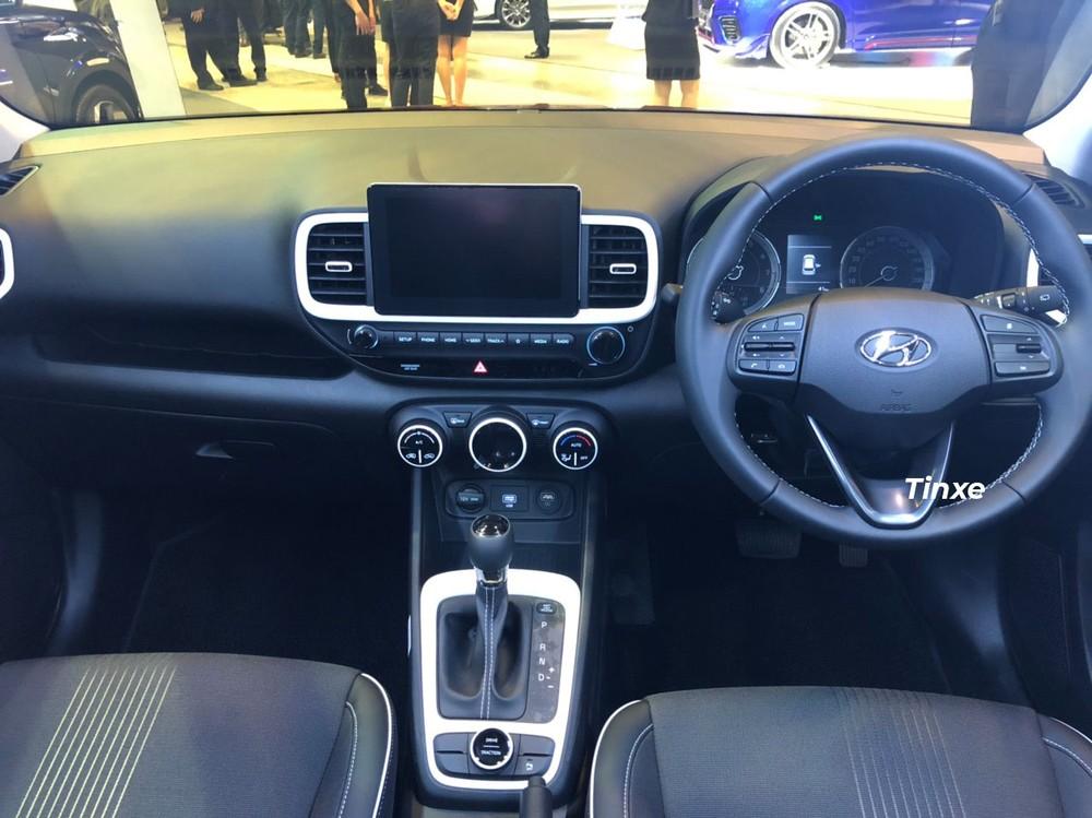 Nội thất của Hyundai Venue 2020 bản tiêu chuẩn dành cho thị trường Singapore