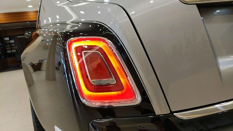 Đèn hậu LED của Rolls-Royce Phantom thế hệ thứ 8 đẹp và gọn hơn trước