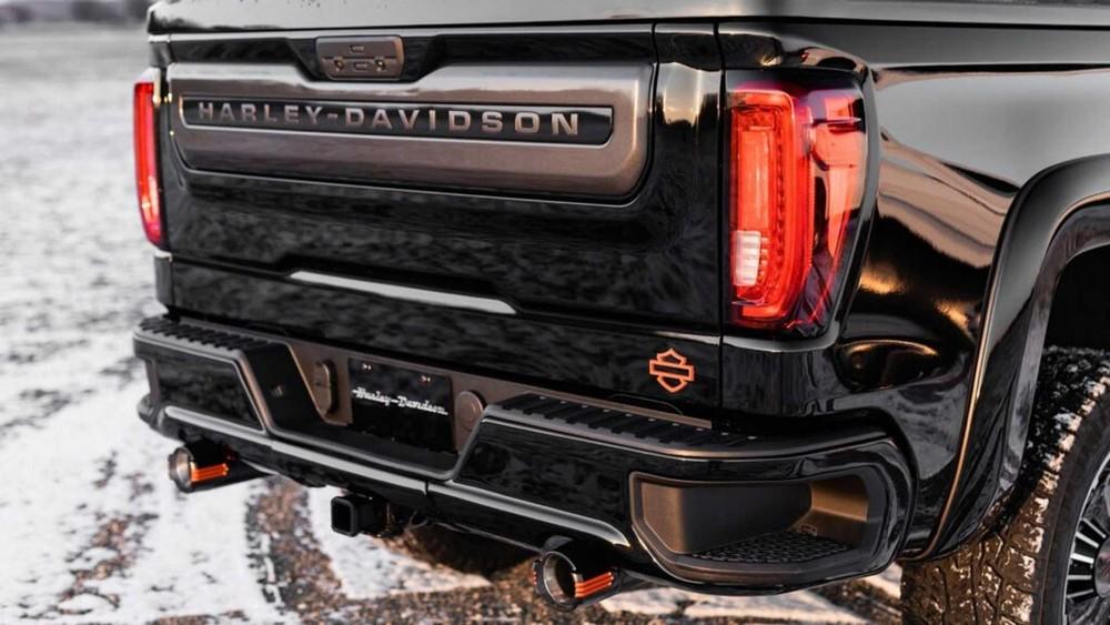 Đuôi xe Harley-Davidson GMC Sierra