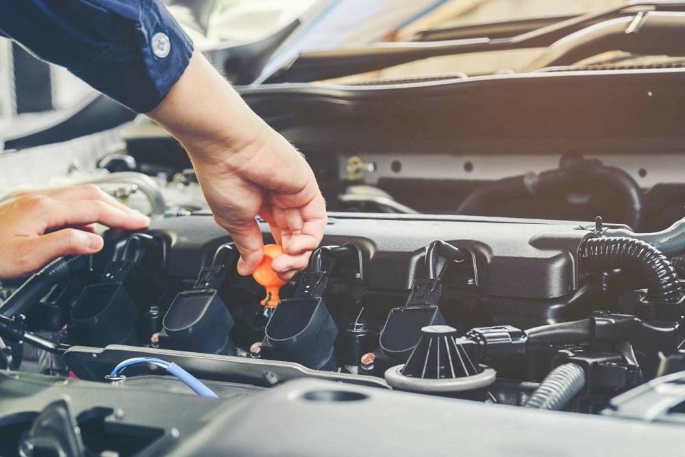 Kinh nghiệm lái xe đường dài an toàn - kiểm tra xe trước khi khởi hành