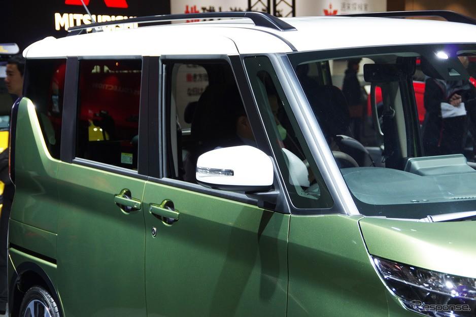 Mitsubishi eK X Space 2020 có nóc và gương ngoại thất sơn màu khác với thân xe