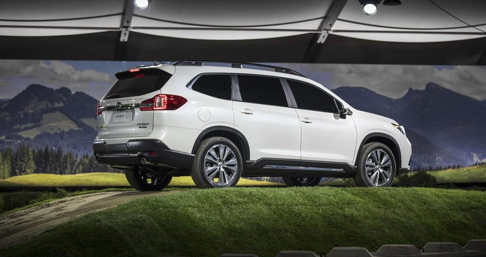 Subaru Ascent có chiều dài cơ sở còn hơn cả Ford Explorer