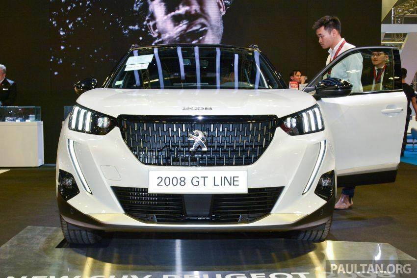 Cận cảnh đầu xe của Peugeot 2008 2020