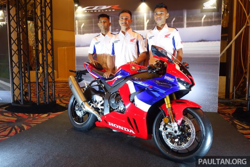 2020 Honda CBR1000RR-R in Malaysia is equivalent to VND 1,125 billion