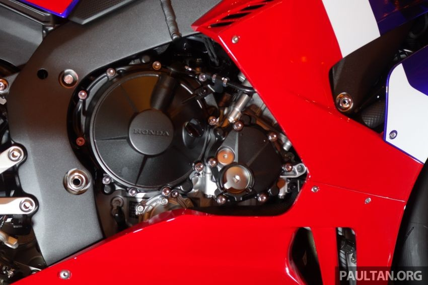 The engine of the Honda CBR1000RR-R 2020 has a capacity of up to 213 horsepower