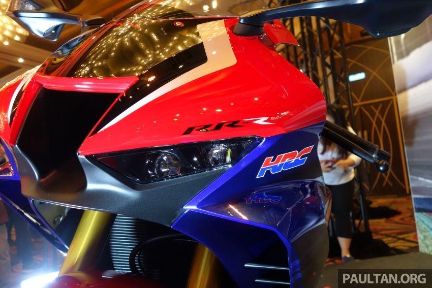 Cặp đèn LED trên Honda CBR1000RR-R 2020