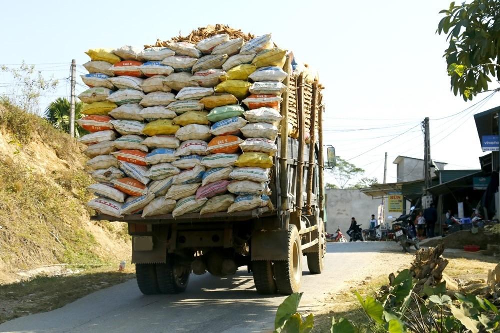 Niên hạn sử dụng xe tải chở hàng là không quá 25 năm