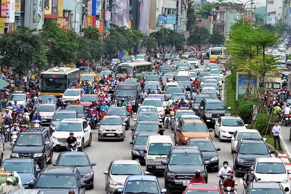 Điều khiển xe hết niên hạn sử dụng sẽ bị xử phạt theo quy định