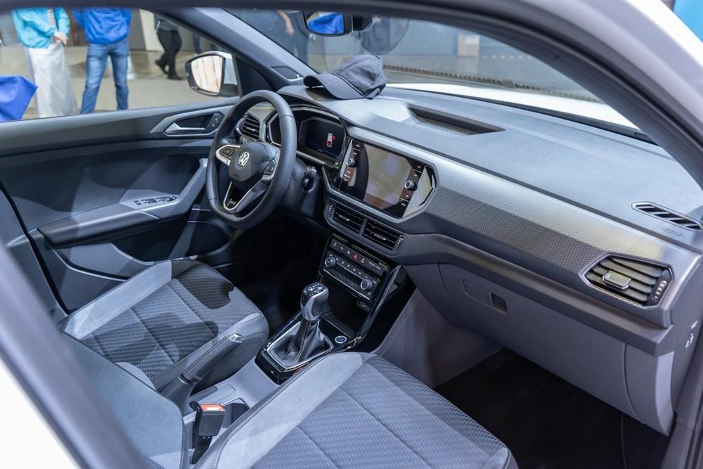 Nội thất bên trong Volkswagen T-Cross
