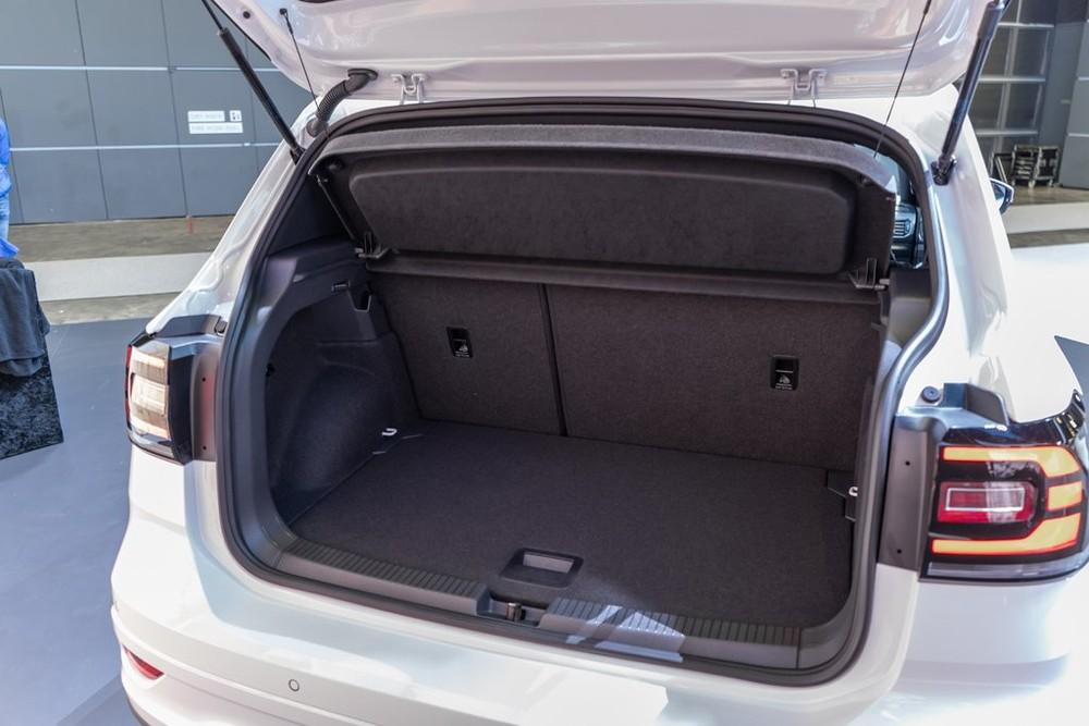 Khoang hành lý của mẫu SUV cỡ B đến từ Đức