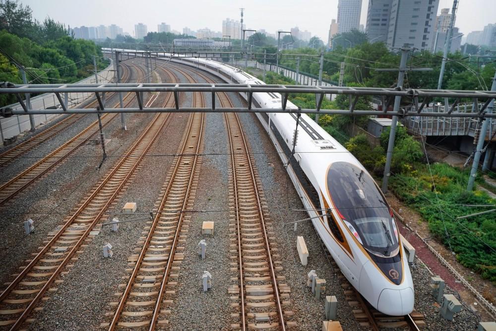 Nhằm phục vụ cho sự kiện thể thao quốc tế lớn diễn ra vào năm 2022, Trung Quốc đã chính thức đi vào vận hành một tuyến đường sắt cao tốc mới