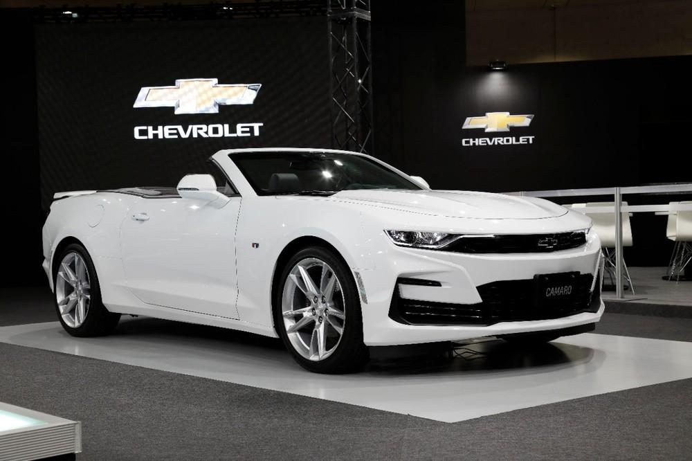Giống với phiên bản ra mắt trước đây ở Mỹ, Chevrolet Camaro 2020 tại Nhật Bản sẽ sở hữu phần cản trước hầm hố và giống với phiên bản Shock Concept.