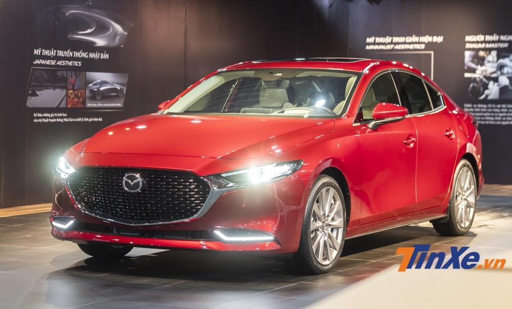 Mazda3 2020 đang rất được sự quan tâm của nhiều khách hàng bởi thiết kế đẹp mắt, tiện nghi hiện đại và nhiều tính năng an toàn.