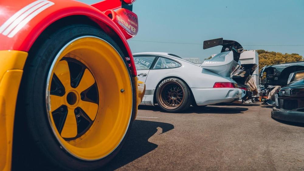 Những chiếc Porsche RWB luôn mang một dáng vẻ đặc trưng
