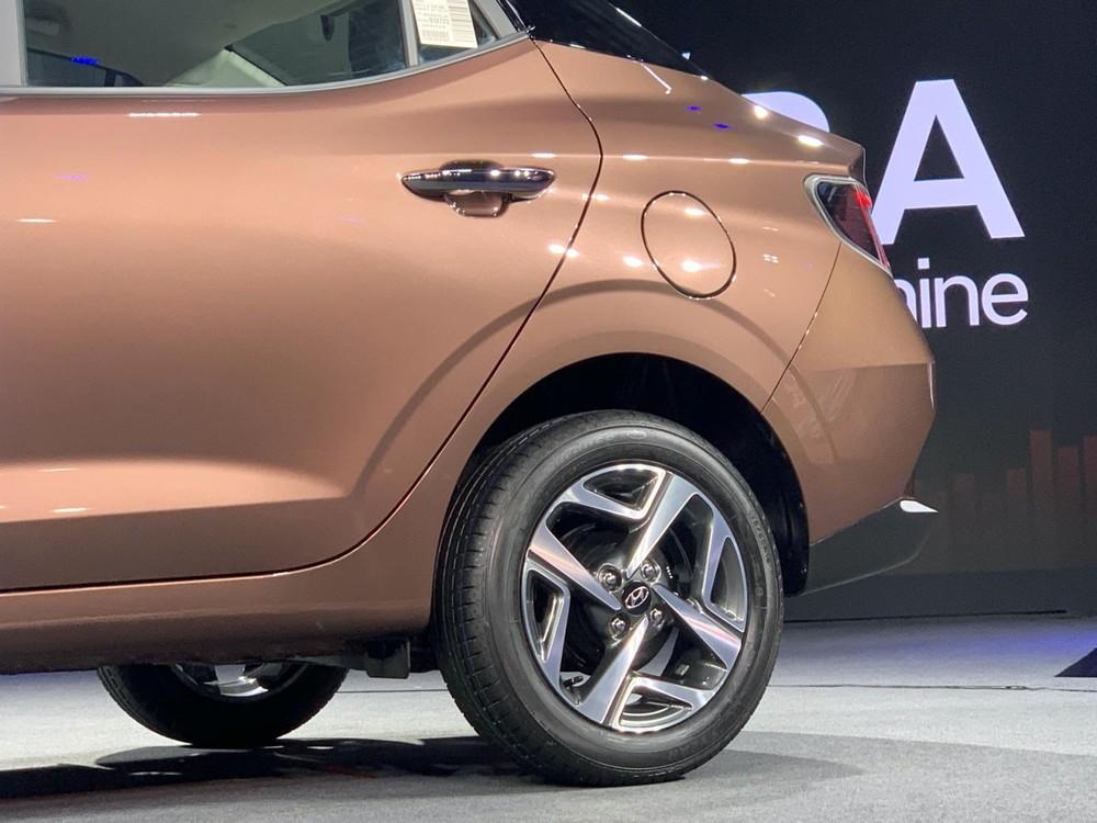 Bộ vành 15 inch của Hyundai Aura 2020 không giống với Grand i10 2019