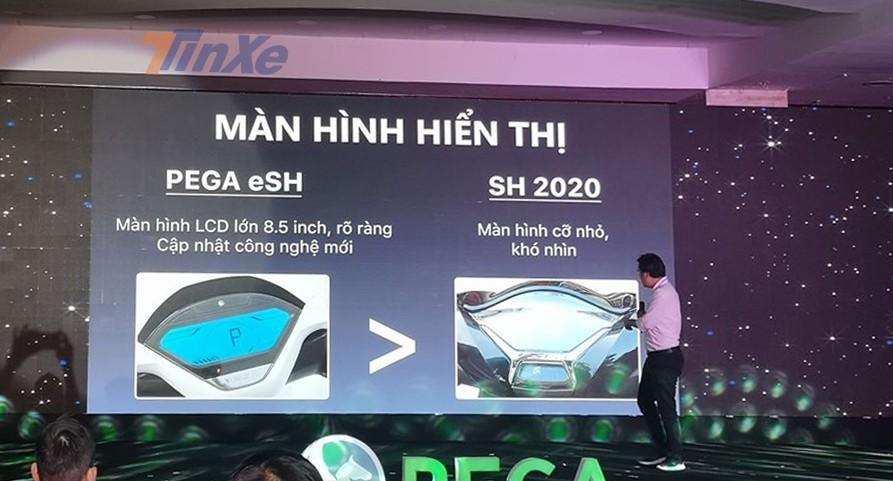Tại buổi ra mắt, ông Linh liên tục so sánh sản phẩm của mình là Pega eSH với Honda SH 2020 qua nhiều khía cạnh