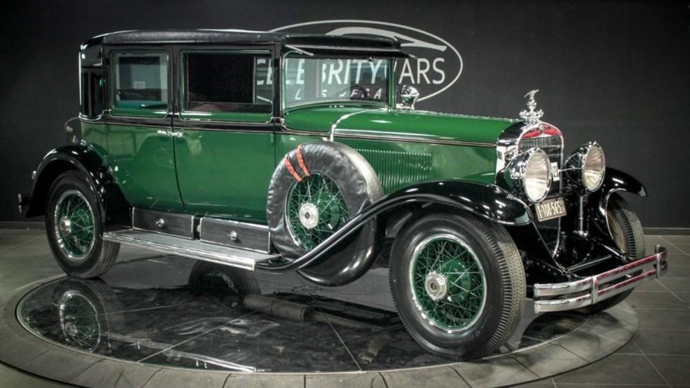 Chiếc Cadillac bọc thép chống đạn của ông trùm ma túy người Mỹ gốc Ý