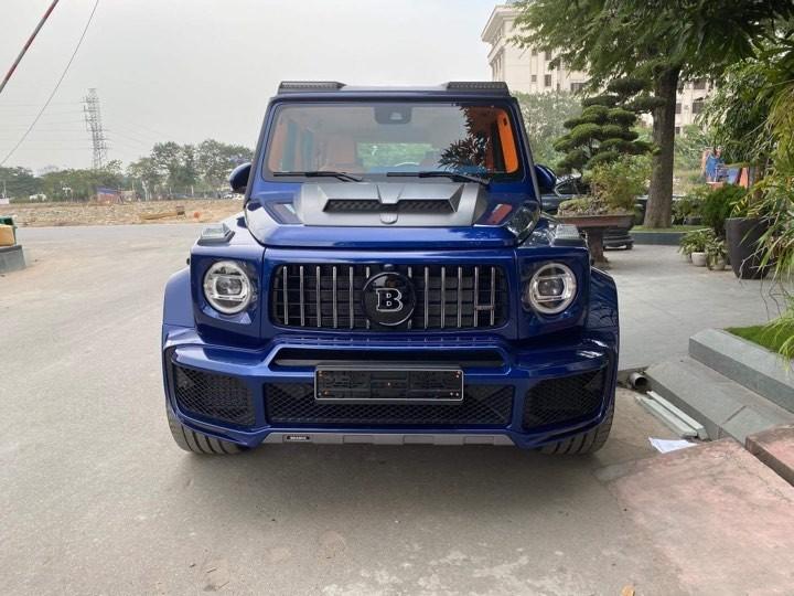 Hay một chiếc Brabus 800 Widestar có ngoại thất màu xanh Brilliant Blue độc nhất Việt Nam