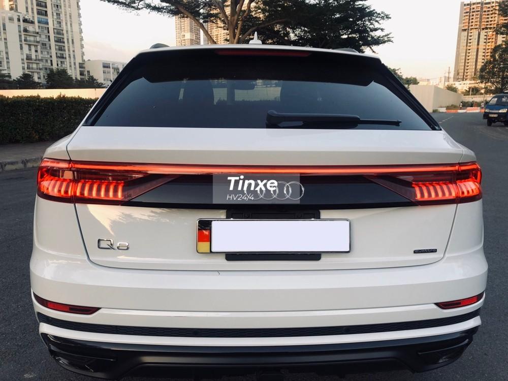 Những chiếc Audi Q8 có giá bán tại Việt Nam hơn 4 tỷ đồng, riêng chiếc xe trong bài có thêm các tuỳ chọn cao cấp như gói Year One package trị giá hơn 2.250 đô la, tương đương 52 triệu đồng tại Mỹ.