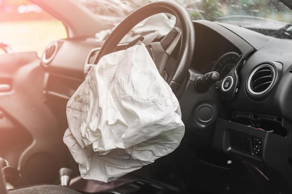 Trước đó, Cục Cạnh tranh và Bảo vệ Người tiêu dùng Austrailia (ACCC) đã xác nhận có 2 trường hợp tài xế mất mạng vi lỗi túi khí này
