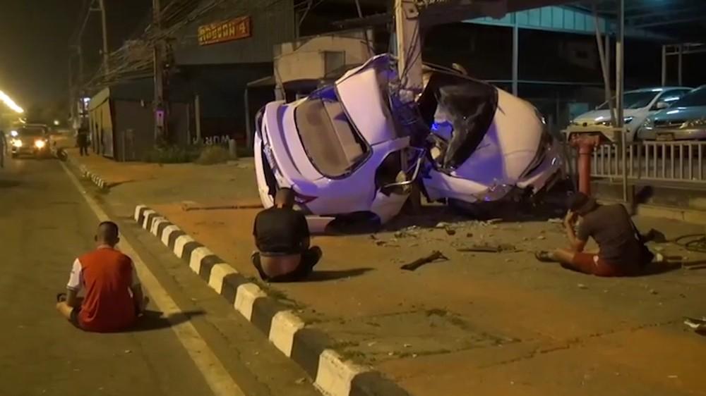 Chiếc Honda Civic bị hư hỏng nặng sau vụ tai nạn