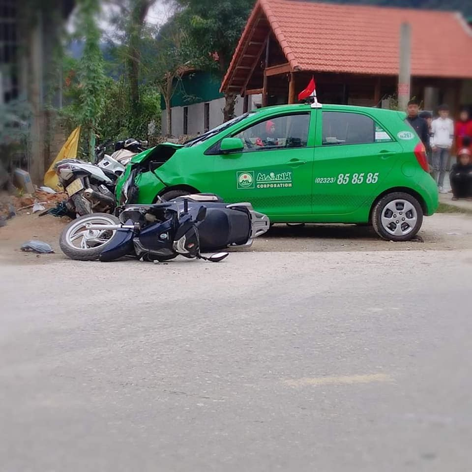 Hiện trường vụ tai nạn liên hoàn tại Quảng Bình
