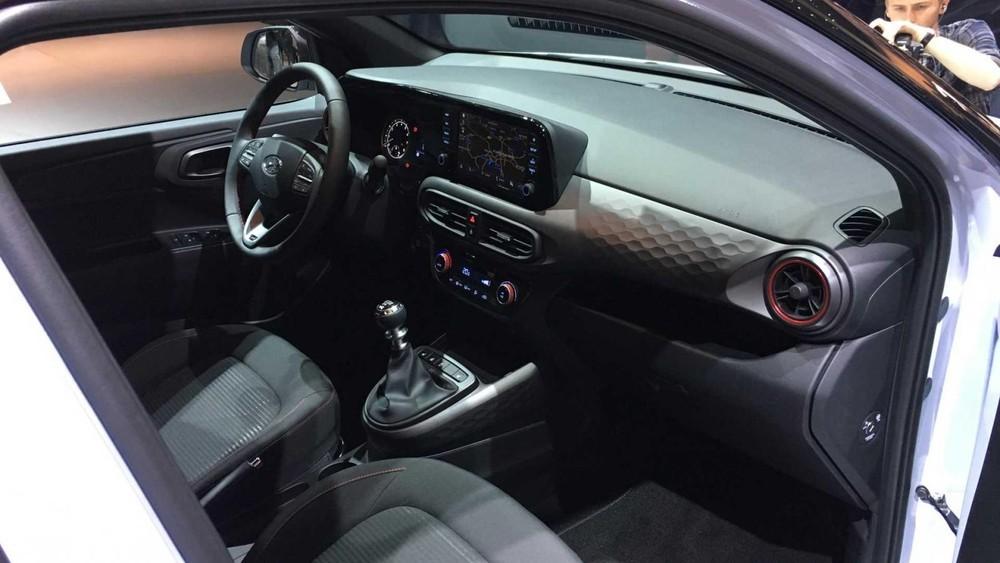 Nội thất bên trong Hyundai i10 N Line 2020