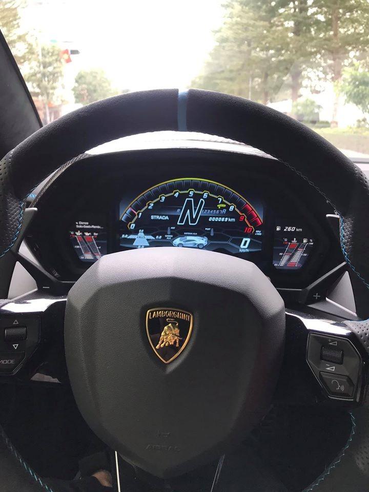 Lamborghini Aventador SVJ độc nhất vô nhị tại Việt Nam