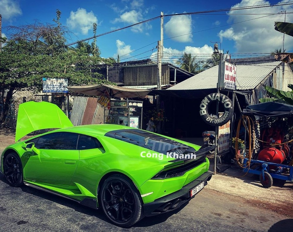 Supercar Lamborghini Huracan LP610-4 patched mobile cover in the West