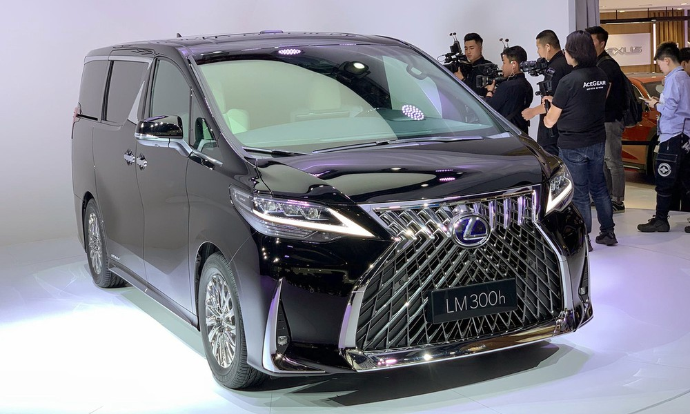 Lexus Lm 2020 A More Luxurious Version Of Toyota Alphard Is