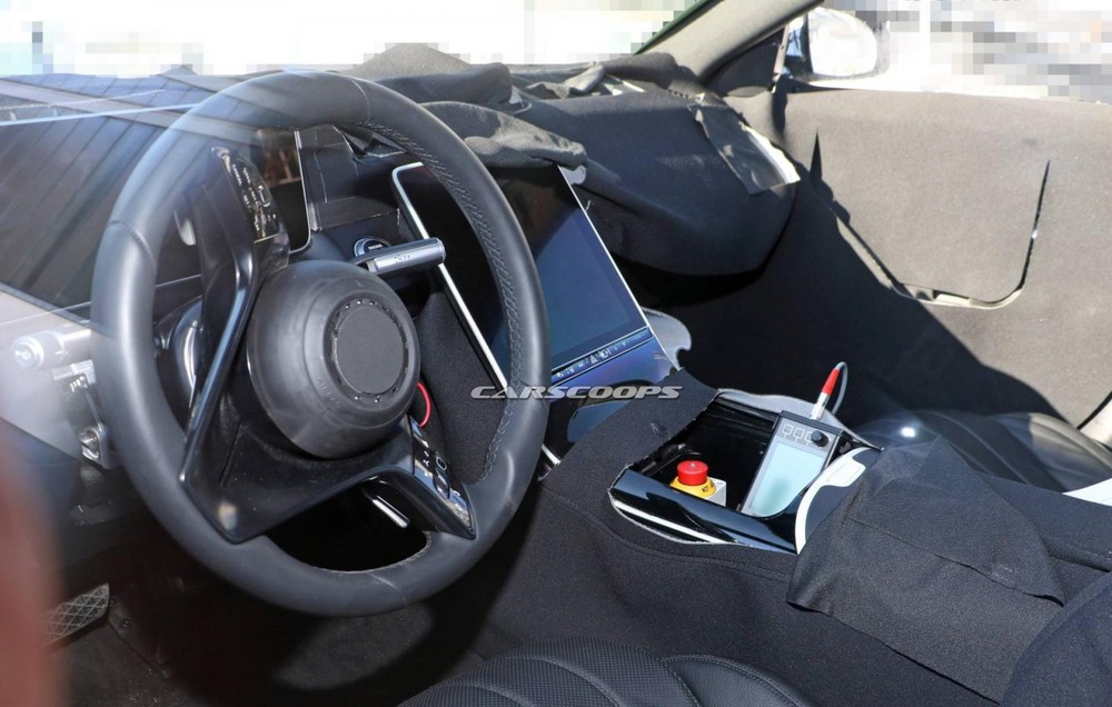 Mercedes-Benz S-Class 2021 còn có vô lăng mới