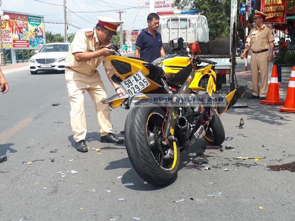 Chiếc xe phân khối lớn mang nhãn hiệu Yamaha R6 gặp tai nạn tại Bình Dương