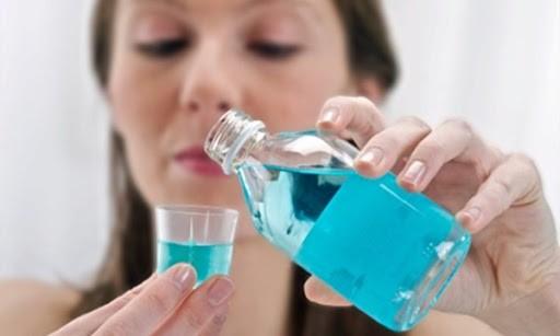 Vệ sinh mắt, mũi, miệng thường xuyên giúp ngăn ngừa dịch bệnh